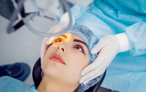 Early-stage Eye Melanoma Trial Tests Less-invasive Treatment Approach
